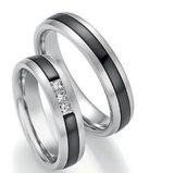 Mooye trouwringen in witgoud en zirkonium _