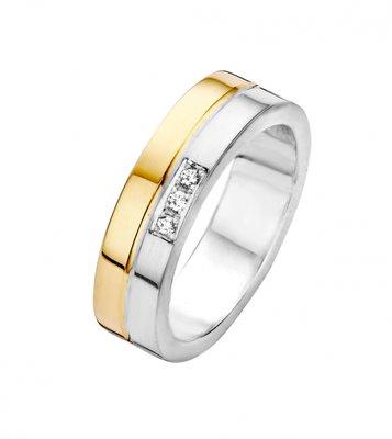 Mooye trouwringen in zilver met goud inclusief 3 diamanten per paar