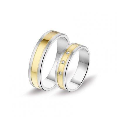 Mooye trouwringen in 14 karaat witgoud en geelgoud bicolor met diamanten per paar