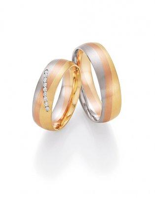 Mooye trouwringen serie Rainbow in tricolour 14 karaat 585 goud met diamanten per paar