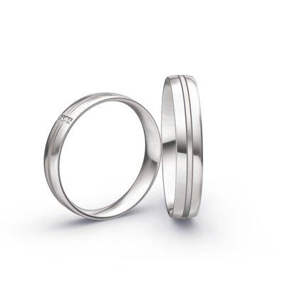 Mooye trouwringen in 14 karaat 585 witgoud en diamanten per paar