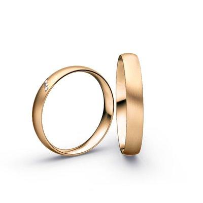 Mooye trouwringen in 18 karaat 750 rosé goud en diamanten per paar