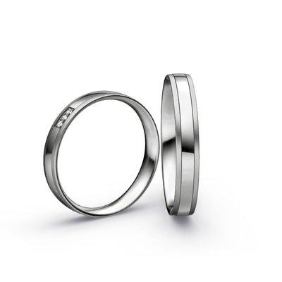 Mooye trouwringen in Platina 950 en diamanten per paar
