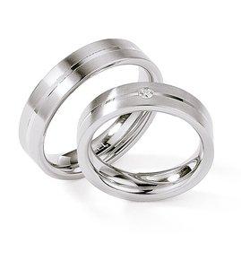 Mooye trouwringen in edelstaal met diamant per paar