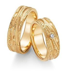 Mooye trouwringen in 14 karaat 585 geelgoud per paar